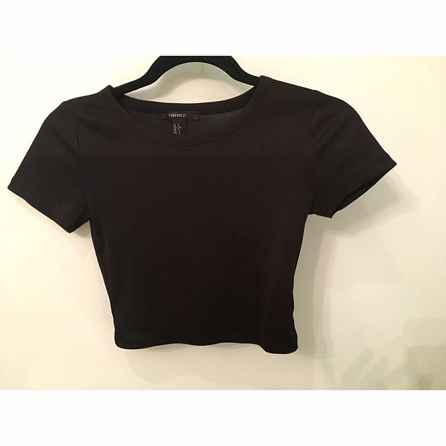 Black Shirtsleeve Crop Top