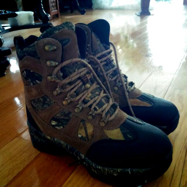 Brand new men's hunting boots