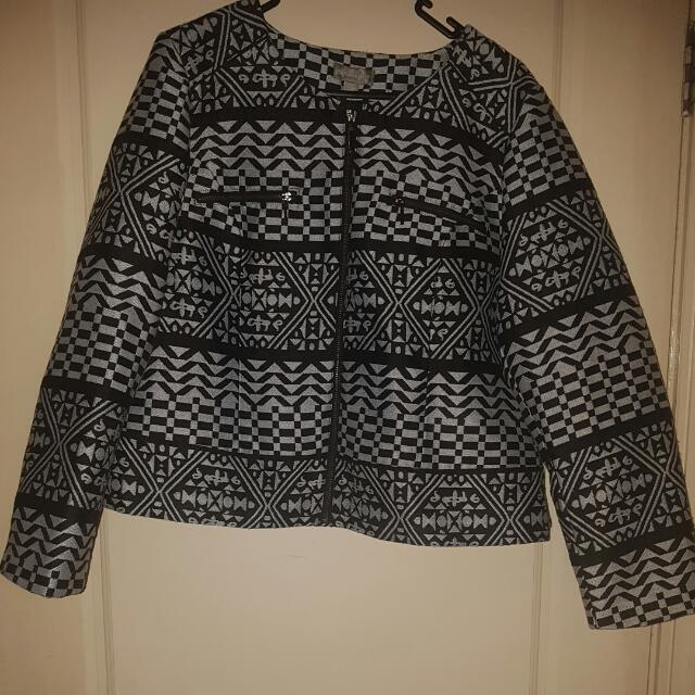 Brand New Suzanne Grae Jacket - Size L