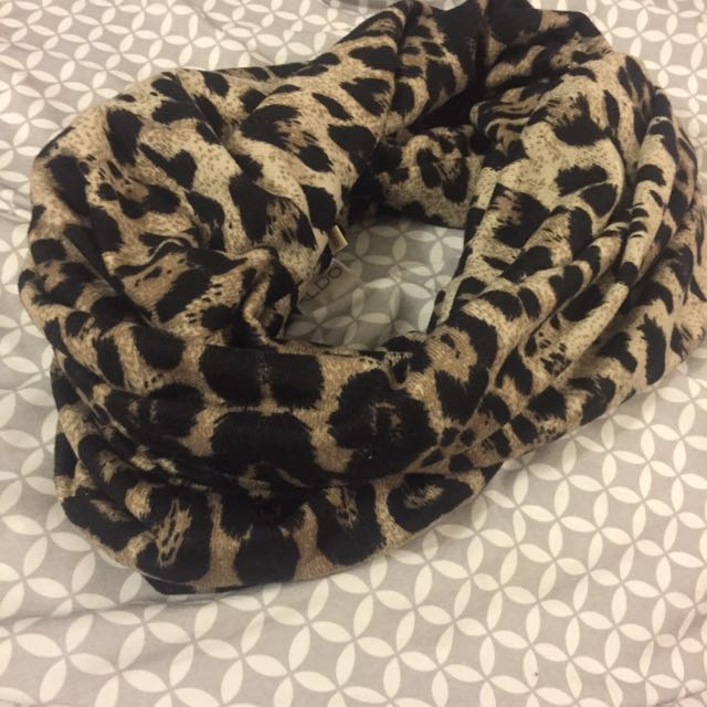 Cheetah Print Scarf For Sale