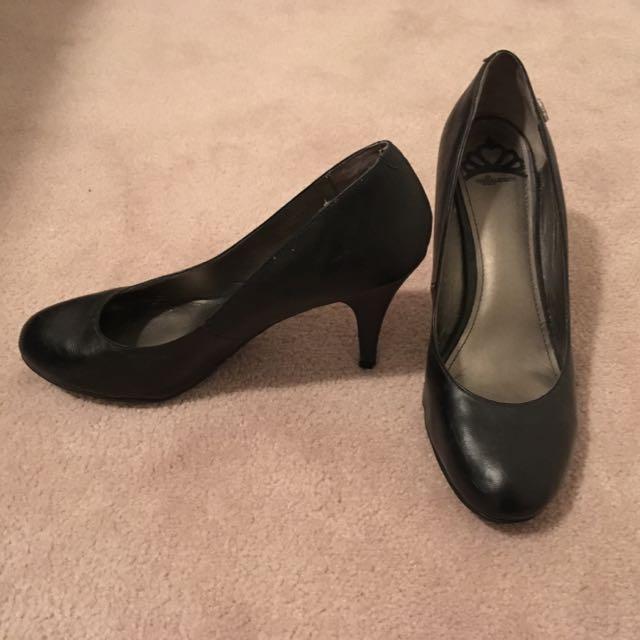 Feraglicious By Fergie Heels Size 11