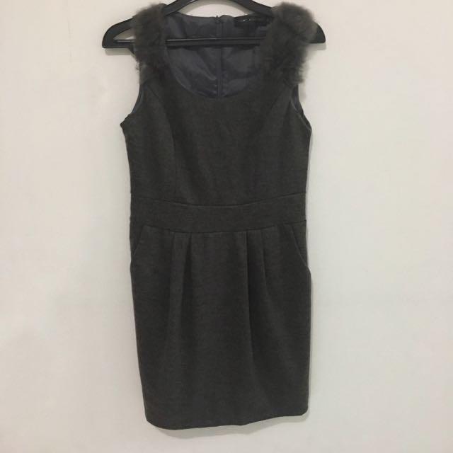 Grey Dress With Fur On Shoulder