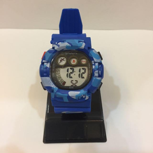 全新!似G-Shock款迷彩防水運動錶