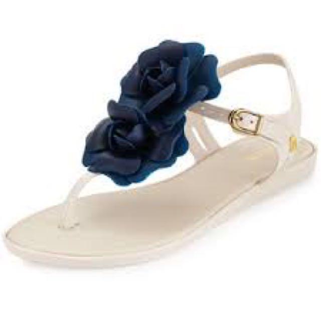 Melissa Shoes Solar Garden Thong Sandal