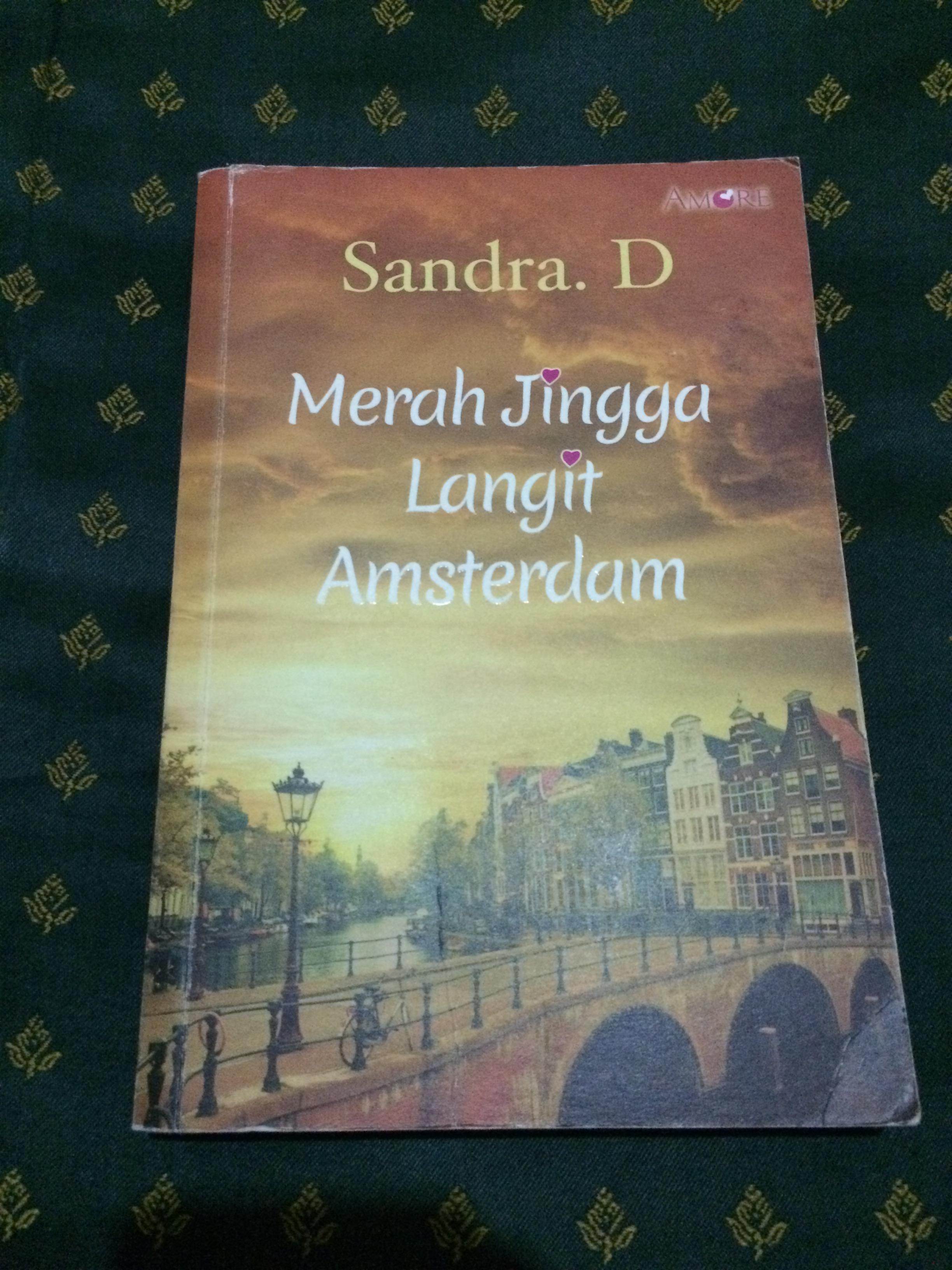 Merah Jingga Langit Amsterdam