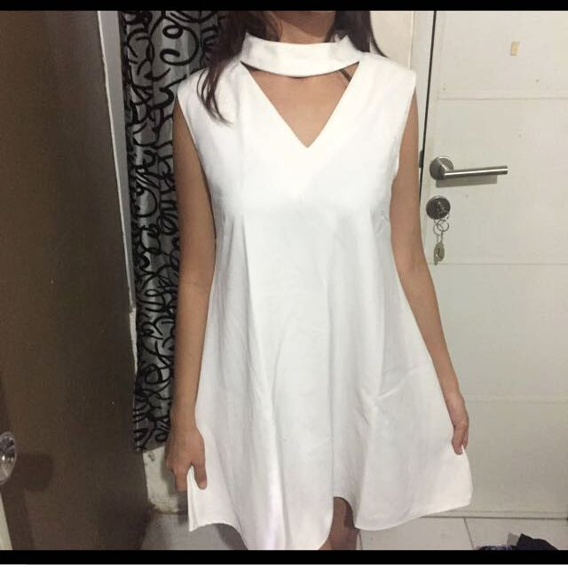 Neck Simple White Dress