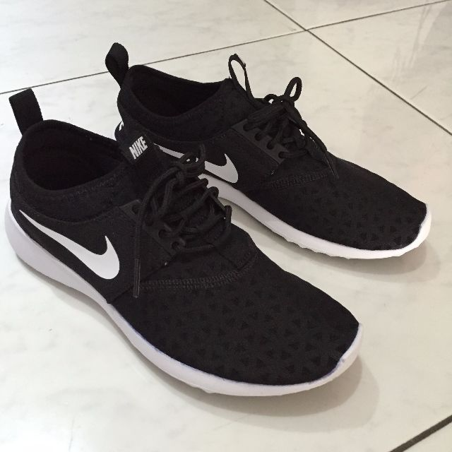 new concept f45b2 171cf Nike Juvenate Black and White Sneakers, Women s Fashion, Shoes on Carousell