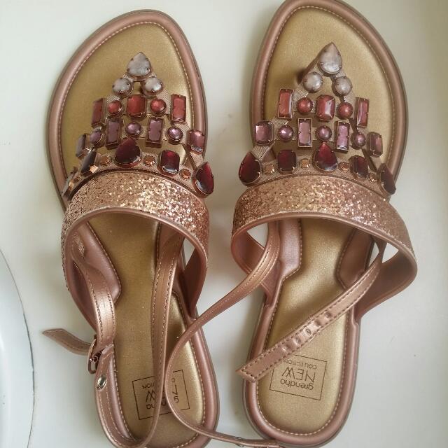 Novo Shoes Sandala 8 / 39