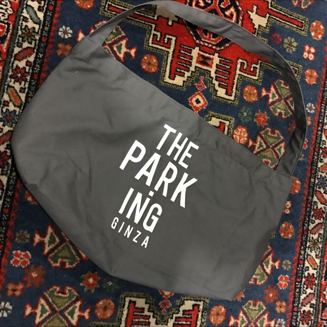 Parking Ginza Tote Bag