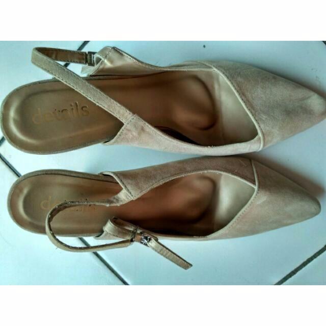 sepatu Details (Matahari Dept Store)