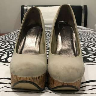 Therapy Pumps Size 9