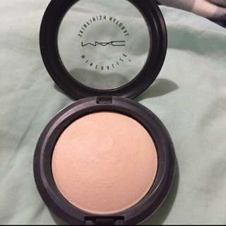 MAC Mineralized Skin Finish Powder