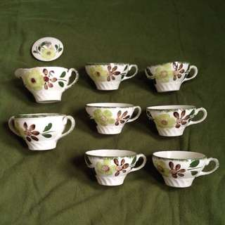 🔴REPRICED cups and tea kettle