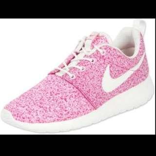 Nike Roshe Run Speckled Pink