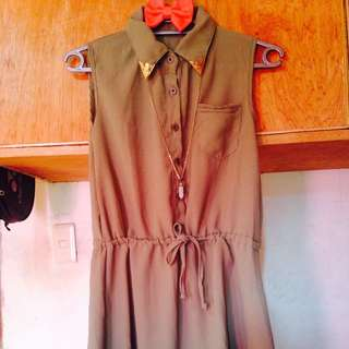 Olive Green Dress With Collar Detail