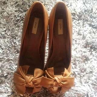 Preloved Zara High Heels Brown