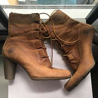 Authentic Timberland Ladies / Women's Heeled Boots