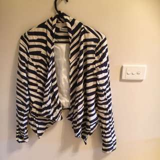 Ladies Navy & Off White Jacket Size 8