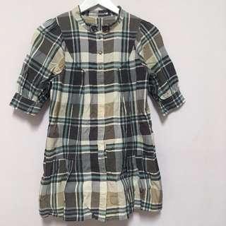 Style Zampa for the holidays 卡其色、杏色 五分袖圓領長版襯衫