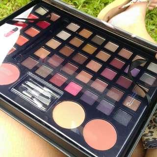 Eyeshadow Makeup Palette!!!