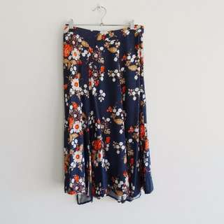 Some Days Lovin - Size S - Navy Floral Skirt with Slits
