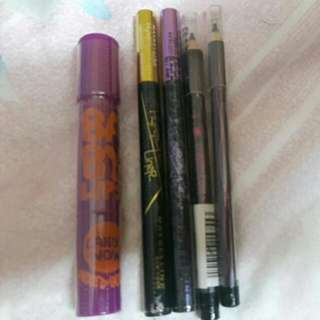 Eyeliners And Lip Stick/ Tint