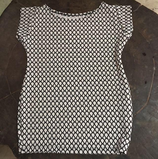 Black and White Diamond-print Dress