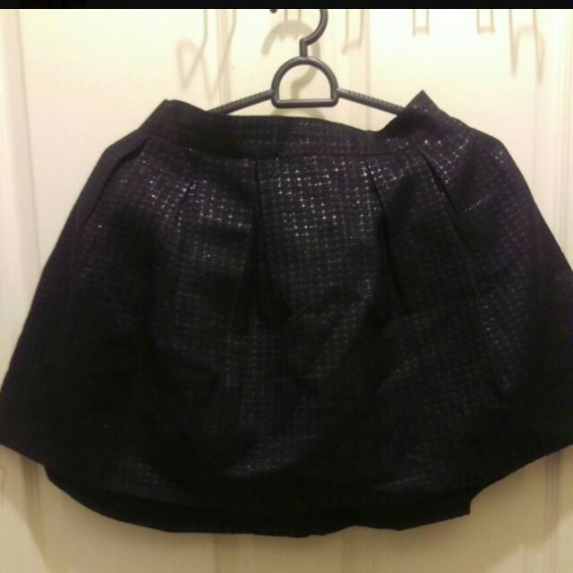 Black Pleaded Skirt