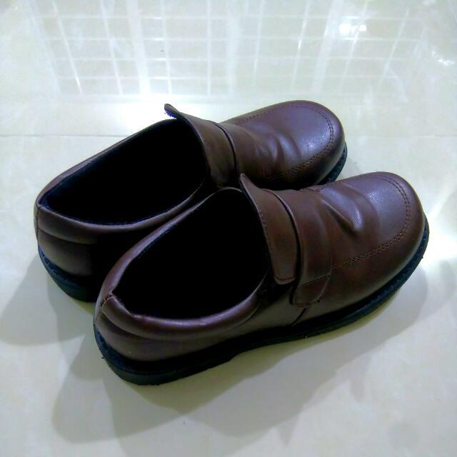 49323551ea Brown Japanese School Shoes (female)