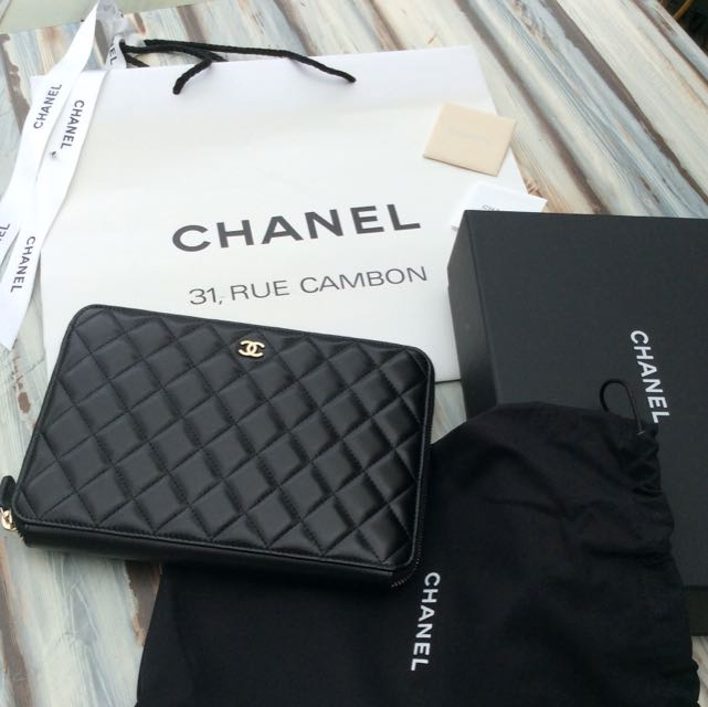 "CHANEL AUTHENTIC ""RARE"""
