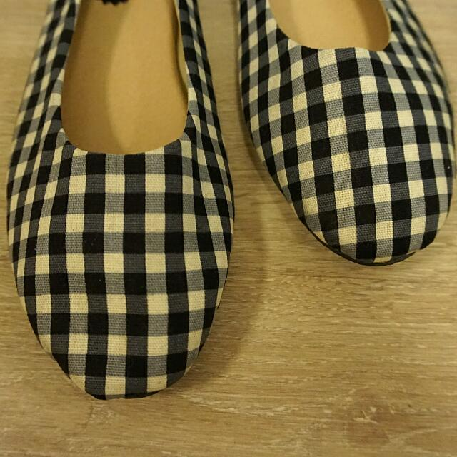 Flat Shoes Black N White Chess