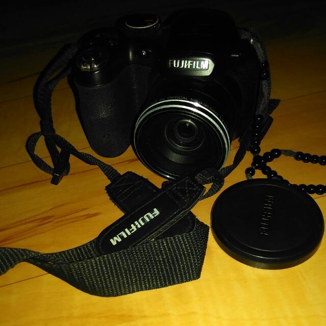 Fujifilm Longzoom Camera S2980