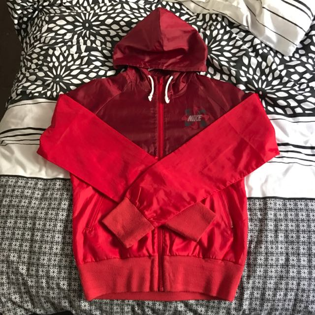 Nike Windbreaker Red Size Small