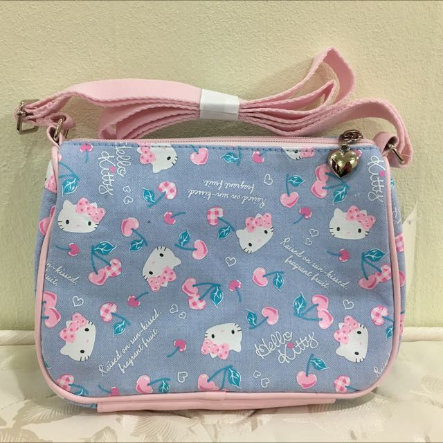 06b0026a1 🆕 Original Sanrio Hello Kitty Shoulder/Crossbody Bag, Babies & Kids, Girls'  Apparel on Carousell