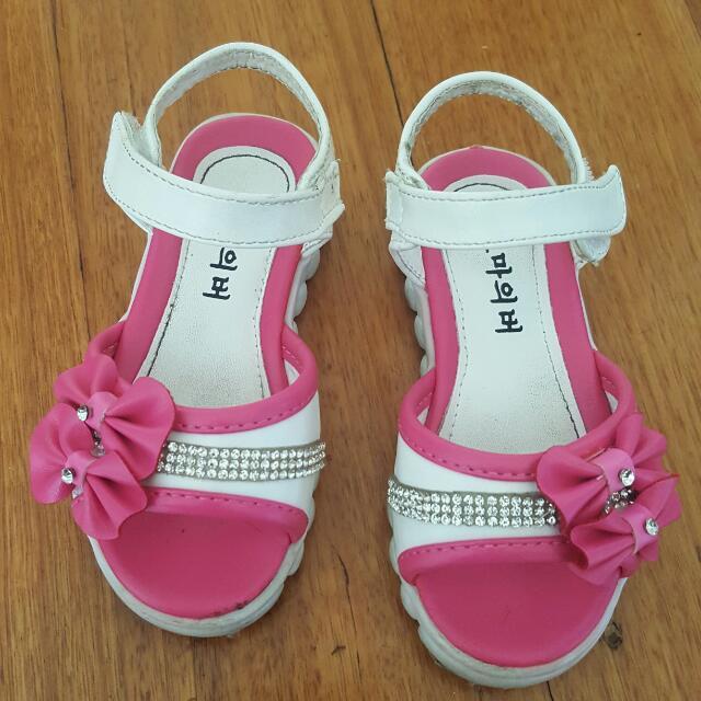 Pink N White Shoe
