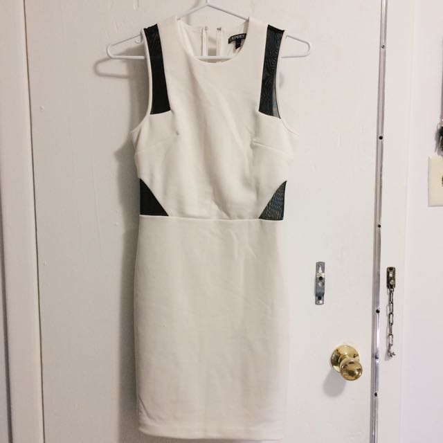 Express White Dress)