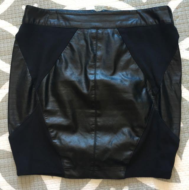 WISH Faux Leather Mini Skirt, Size 8 (XS)