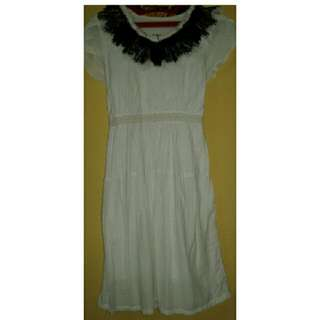 Dress Polkadot Putih