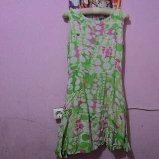 Dress selutut size S