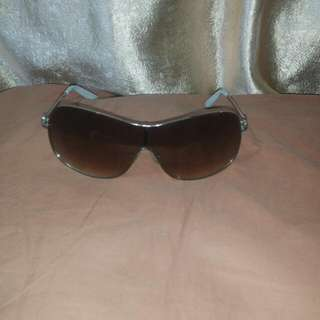 SOLD .....Simply Vere Sunnies