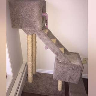 Custom Made (REAL Carpet) Cat Post / Tree