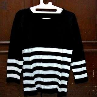 Black 'N White Sweater