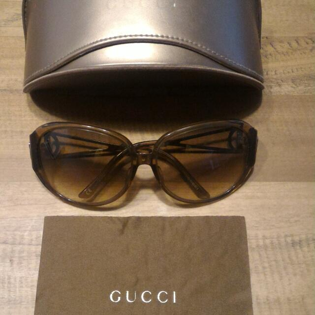 3650695c944 100% authentic Gucci Sunglass for sale.