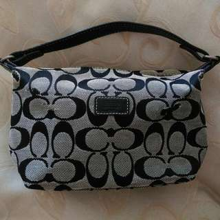 正品COACH黑色手提包,388元
