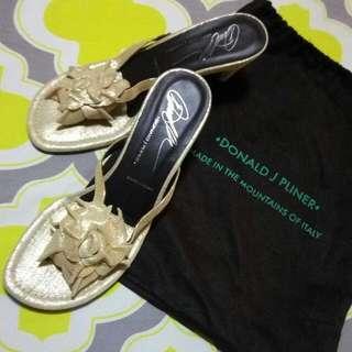 Donald J Pliner Slip On Shoes