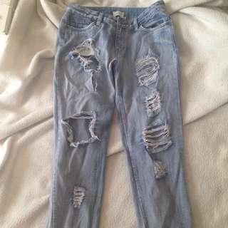 Wildpair boyfriend jeans!