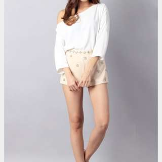 Ohvola Bare Shoulder Shrug Blouse (White)