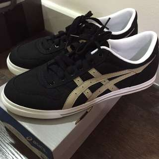 Asics Black Canvas Shoes Size 8