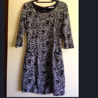 Sz8 Paisley Monochrome Work Dress