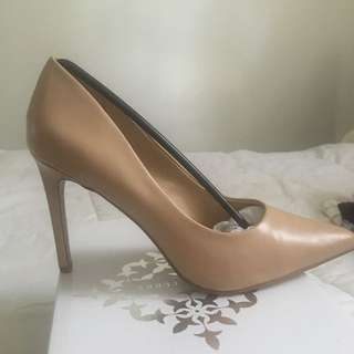 Brand New Size 8